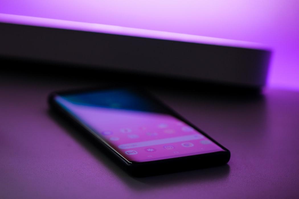 Le piratage des téléphones, la nouvelle grande menace de la technologie